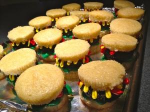 my new hit, hamburger cupcakes